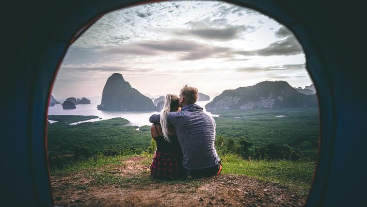 Pohodništvo: Narava nam lahko pomaga najti najboljše ljudi v življenju (foto: unsplash)