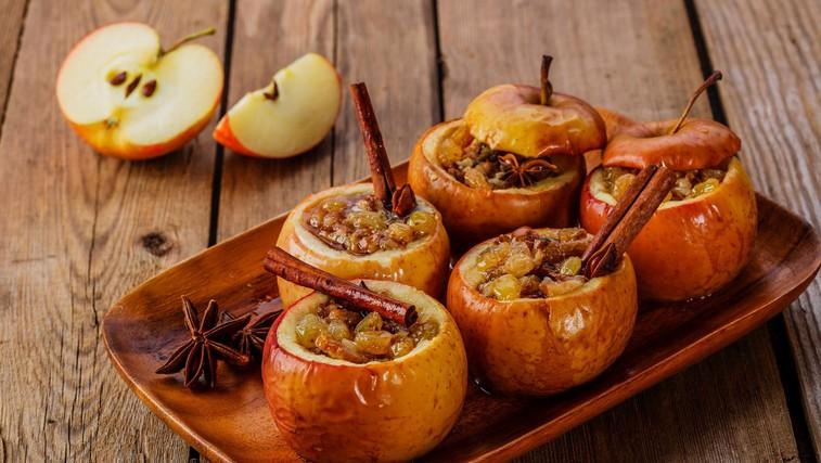 Jesenski okusi: Polnjena in pečena jabolka (foto: profimedia)