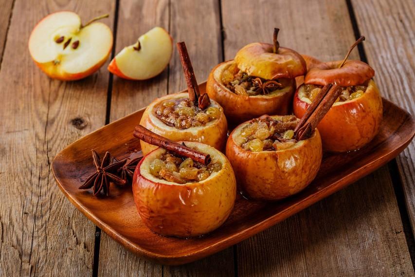 Jesenski okusi: Polnjena in pečena jabolka