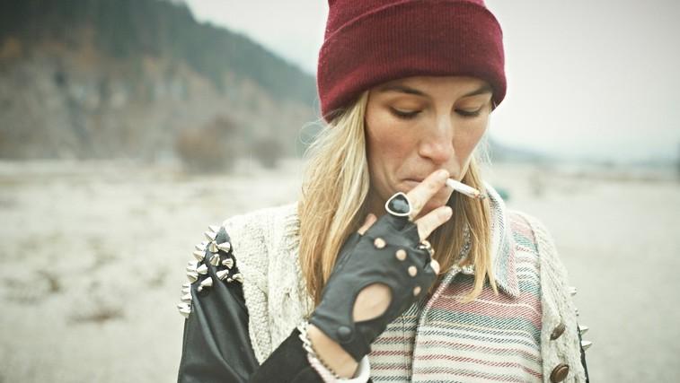 7 načinov na katere kajenje škodi videzu in zdravju (foto: profimedia)