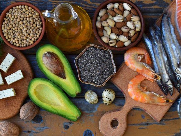 Je bolj zdravo vegansko ali paleo prehranjevanje?