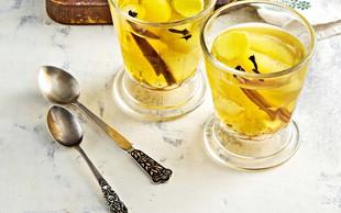 Čaj s pečenimi hruškami