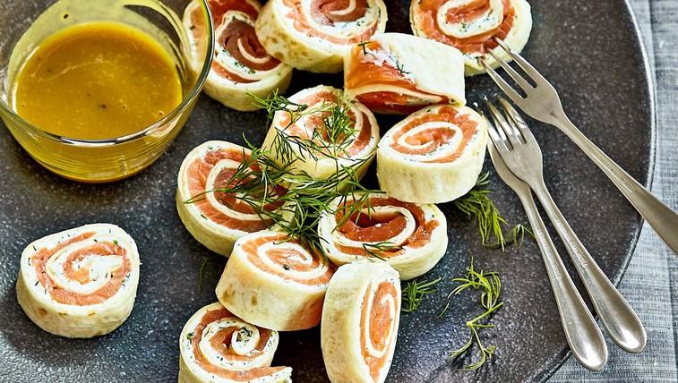 Zvitki iz tortilje s prekajenim lososom (foto: Profimedia)