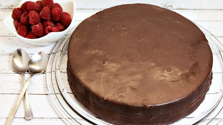 LCHF sacher torta (foto: osebni arhiv)