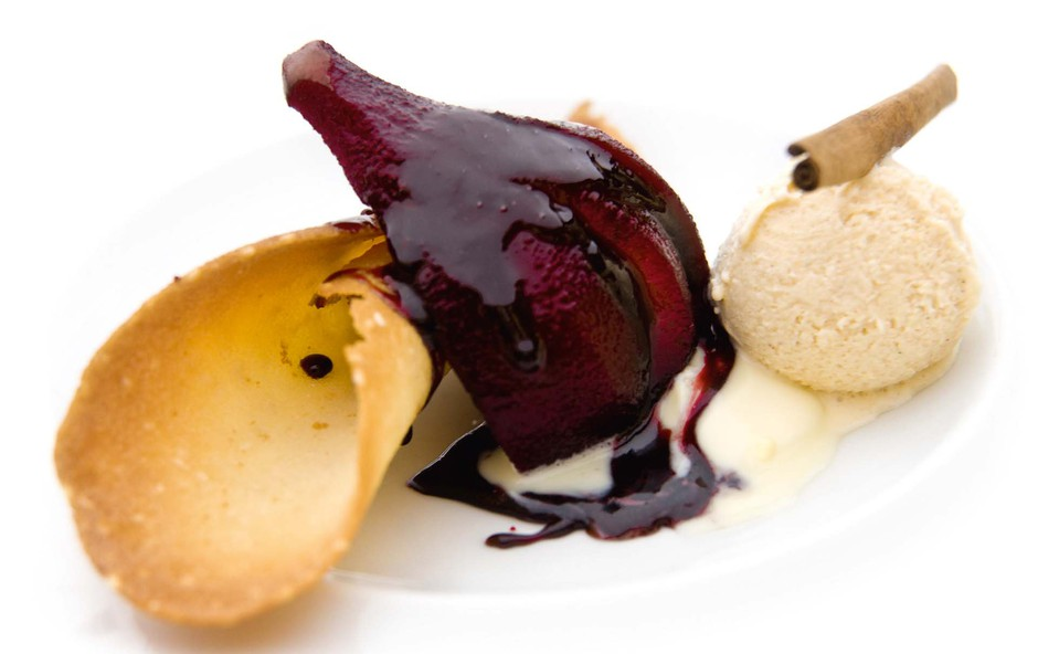 Slasten sladoled iz sestavin za kuhano vino (foto: Profimedia)