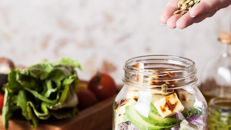 8 top nasvetov, preden greste na očiščevalno dieto (foto: Mariana Medvedeva | Unsplash)