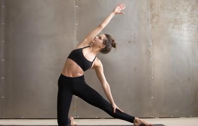 5 jogijskih položajev za raven trebuh
