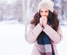 Ko notranji termostat pade pod 37˘C, se v možganih sprožijo akcije za vzdrževanje temperature