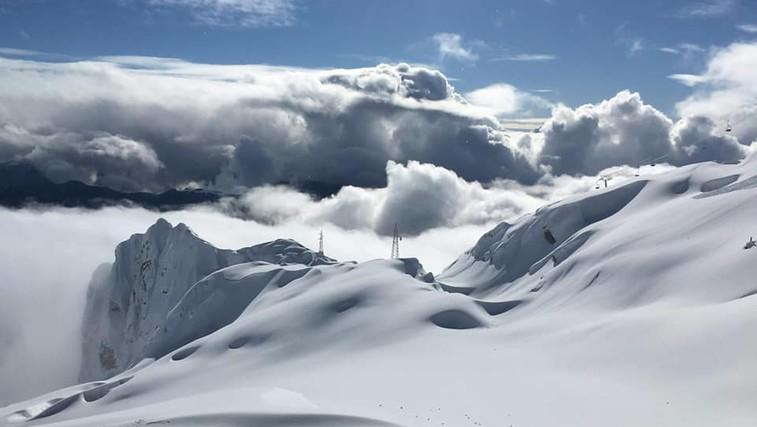 FOTO: Zimska pravljica na Kaninu, kjer je trenutno kar 3 metre snega (foto: Žiga Langus)