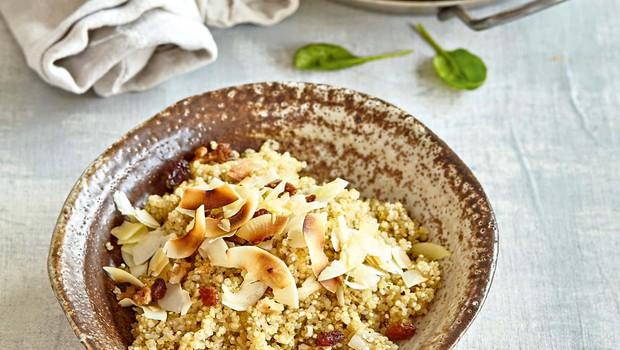 Kokosova kvinoja z zelenim karijem (foto: Profimedia)