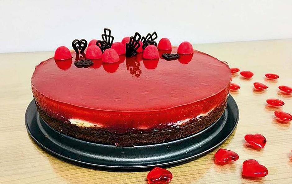 Torta rdeča fantazija (foto: osebni arhiv)
