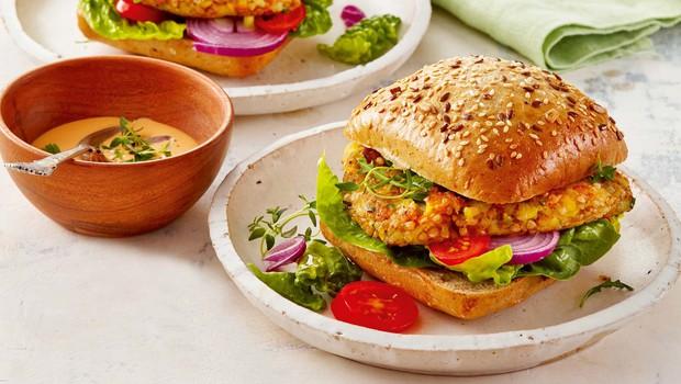 Ajdov burger s pomako (foto: Profimedia)