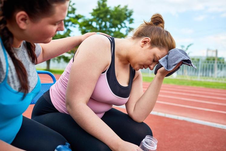 V NEDELJO ZVEČER SE ODLOČITE, DA BOSTE V PONEDLJEK NAREDILI SPREMEMBO – vsak dan telovadili, ko ne boste v telovadnici, …