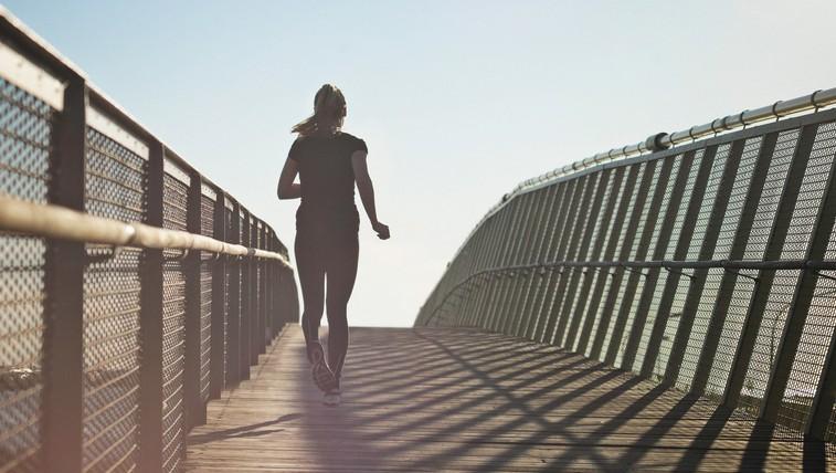 Kaj pomeni, če imate po teku neprijeten občutek v trebuhu? (foto: profimedia)