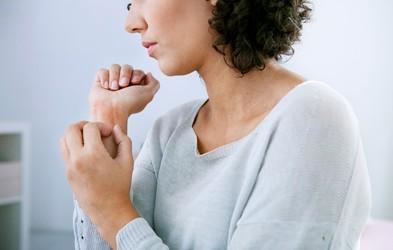 Ta kožni izpuščaj lahko povzroči stres!