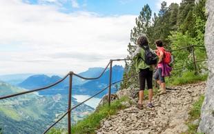 4 stvari, na katere ne smete nikoli pozabiti, če obožujete pohode (+ 7 idej za izlete in pohode po Sloveniji)