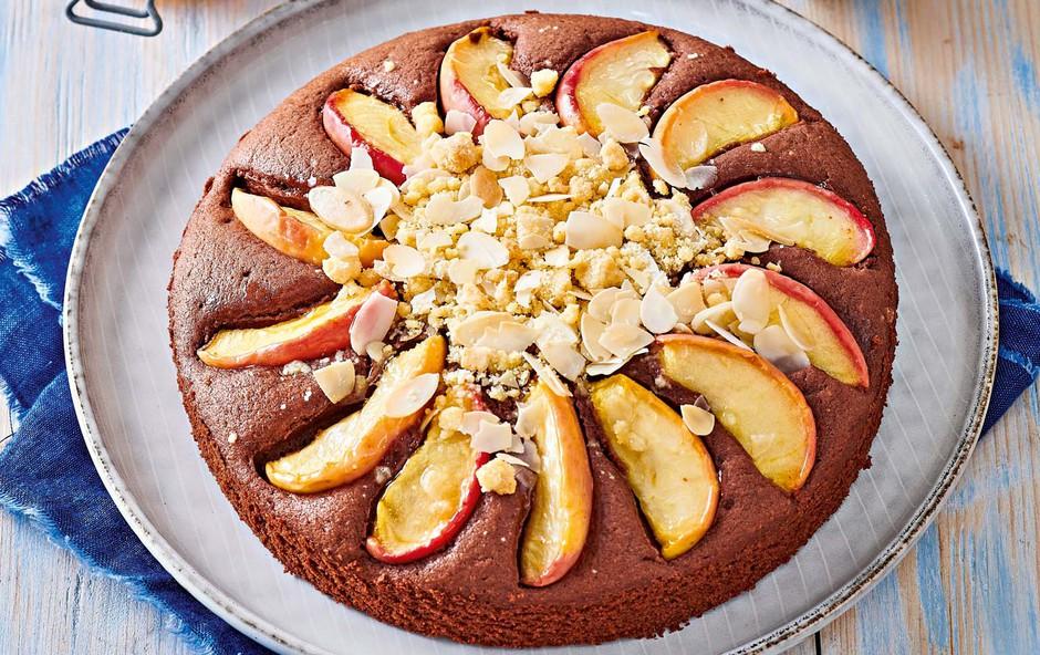Kakavov kolač z jabolki (foto: Profimedia)