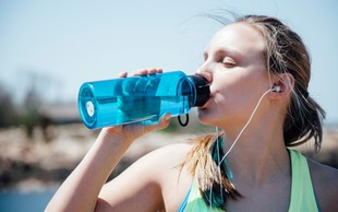 Tako se telo spreminja, ko pričnete piti dovolj vode