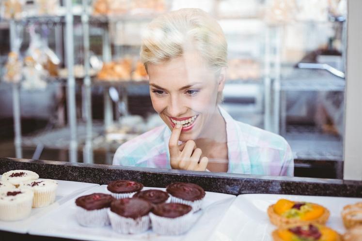 ČE STE IMPULZIVNI ... Na naše prehranjevalne navade vplivajo tudi zunanji dejavniki - denimo stres. Razmislite: kolikokrat se je že …