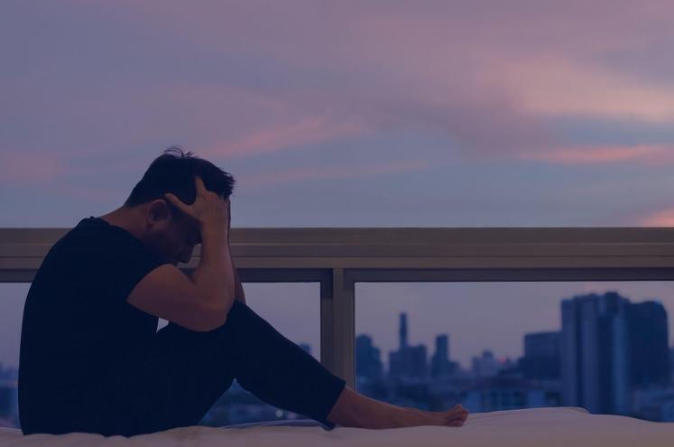 Posameznik, ki je čustveno izčrpan, ima občutek, da nima moči in nadzora nad tem, kaj se dogaja v življenju. Kot …
