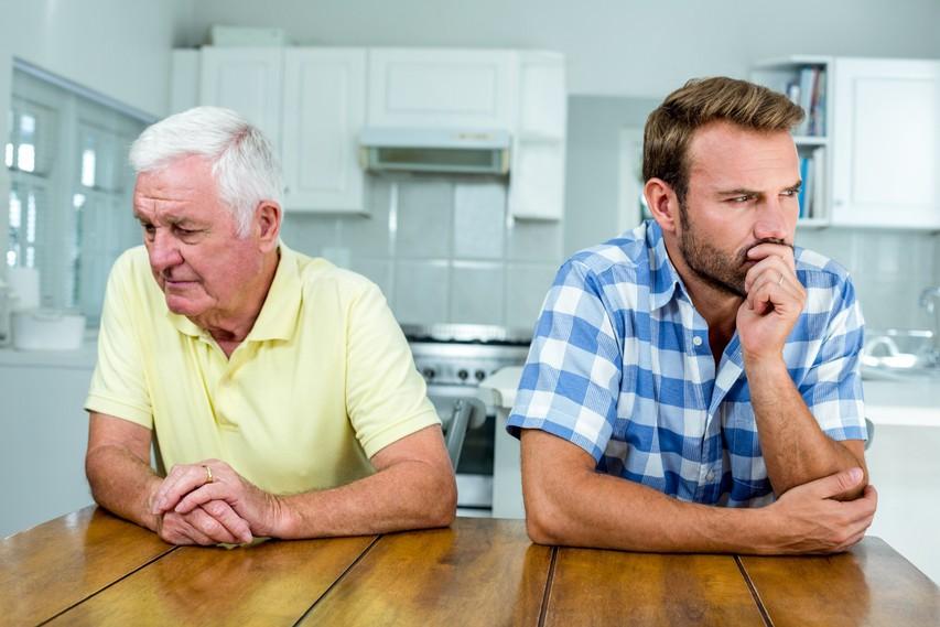 Je napočil čas, da prekinete stik s toksičnim družinskim članom?