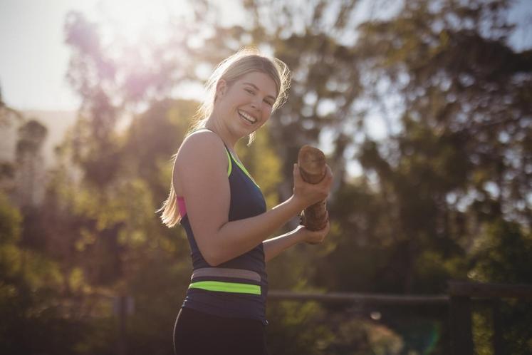 KREPITE MIŠICE in OHRANJAJTE ZDRAVO TELESNO TEŽO Eden boljših načinov je krepilni trening. Vključite ga v svoj vadbeni program, ker …