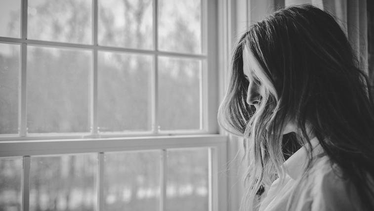 Kako premagati anksioznost? TO vam narekuje vaš horoskop (foto: Danielle MacInnes | Unsplash)
