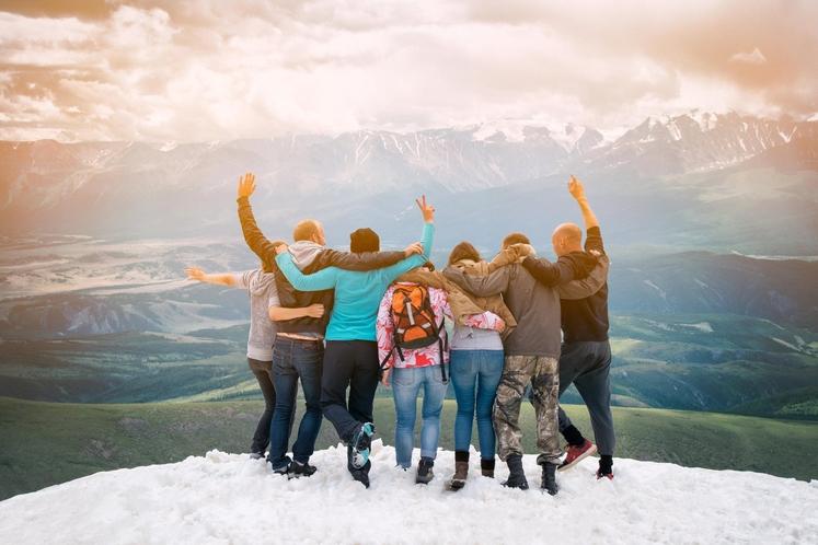 Negujte družabno življenje Ljubljene osebe so tudi eden od ključev do pozne starosti. Zato negujte svoje odnose, vložite vanje čas …