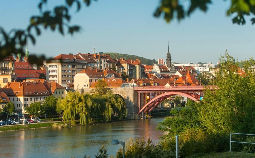 Mariborske ulice bodo zavzeli maratonci - pridružite se dobrodelni tekaški prireditvi Run4Motion