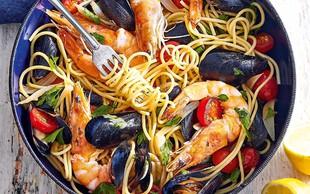 Špageti z morskimi sadeži