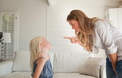 Kako odgovoriti na otrokovo grdo vedenje? (in česa raje ne storite)