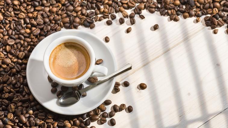 Koliko skodelic kave je varno spiti na dan? (foto: Profimedia)