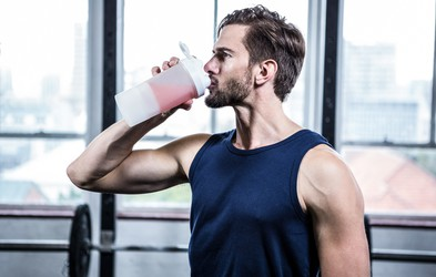 Proteinski šejk lahko škoduje zdravju na dolgi rok!