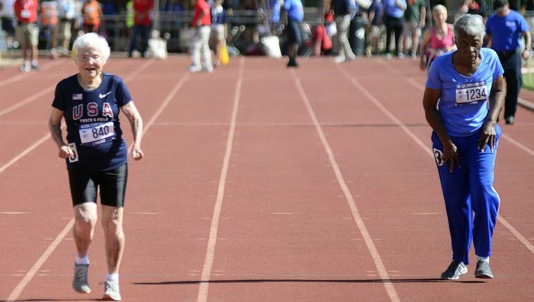 7 naukov 103-letne tekačice Julie Hawkins (foto: profimedia)