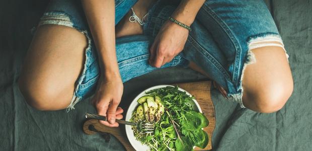Ortoreksija: ko postaneš obseden z zdravo prehrano
