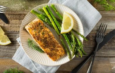 Kako se lotiti priprave lososa v ponvi?