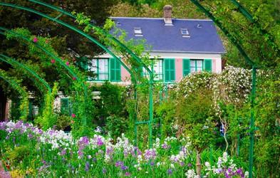 Želite dopustovati v hiši Clauda Moneta v kraju Giverny?