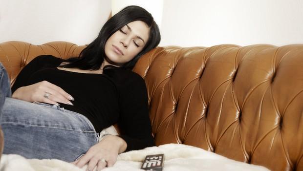 To se lahko zgodi, če spite ob prižgani televiziji (foto: Profimedia)