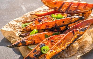 9 slastnih jedi, ki jih lahko pripravite na žaru (pa tega zelo verjetno niste vedeli)