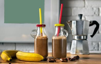 RECEPT: Slasten kavni smoothie - za dodatno dozo energije