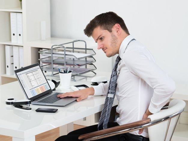 5 vsakodnevnih napak, ki pripomorejo k bolečinam v hrbtnem predelu - Foto: Profimedia