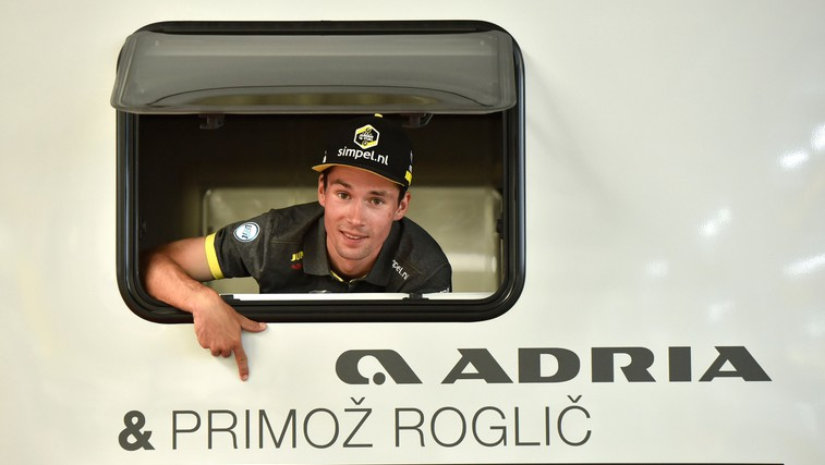 Primož Roglič bo odslej s partnerko in sinčkom med dirkami stanoval v prestižnem avtodomu (foto: Foto Bobo)