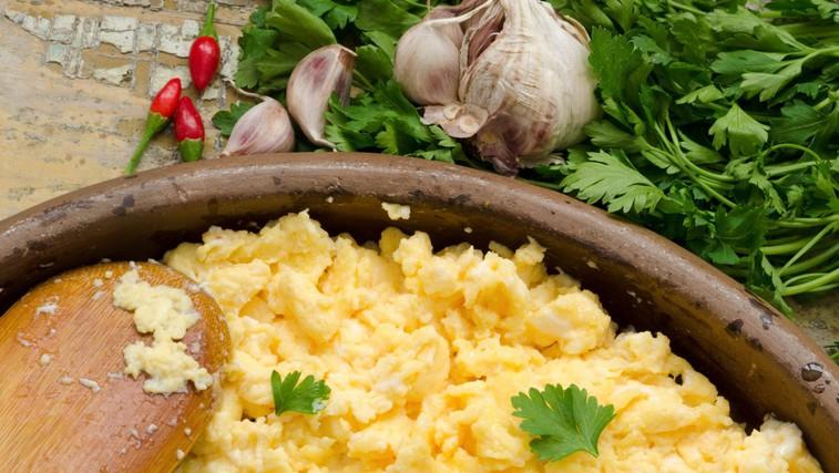 Ali je veganski nadomestek za jajca enako zdrav kot prava stvar? (foto: Profimedia)