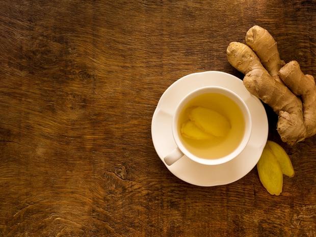 Čas je za čaj! Zavrite vodo in v njej namakajte ingver vsaj 10 minut. Namesto sladkorja primešajte med (najbolje domači) …
