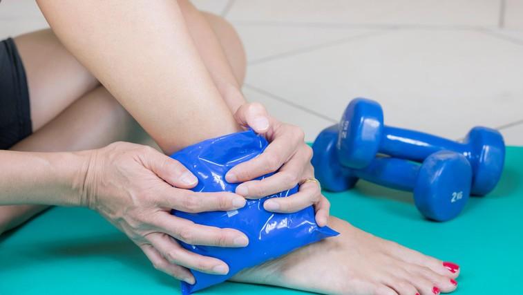 Športne poškodbe: kdaj pomagajo hladni in kdaj topli obkladki? (foto: Profimedia)