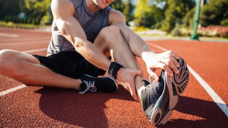 To lahko naredite, če vas mučijo krči in bolečine v nožnih prstih (foto: Profimedia)