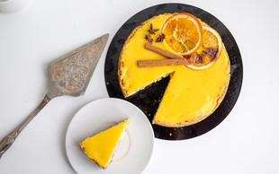 Slastna pomarančna pita z mandljevo podlago
