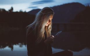 Na spletu smo dosegljivi, v realnosti pa odsotni