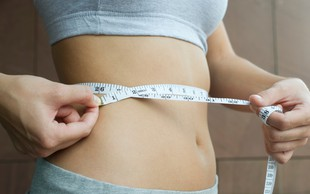 Znebite se odvečne maščobe na trebuhu: Če vaša naporna vadba ni prinesla rezultatov, naredite naslednje ...