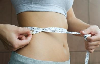 Kako se znebiti odvečne maščobe na trebuhu: Če vaša naporna vadba ni prinesla rezultatov, naredite naslednje ...